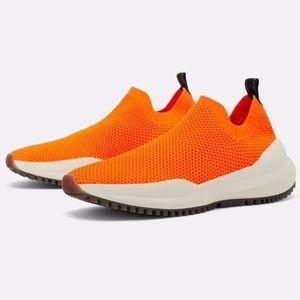 ☄ NWT ZARA Neon Orange Stretch Fabric Sneakers ☄
